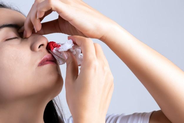 Bà bầu bị chảy máu mũi